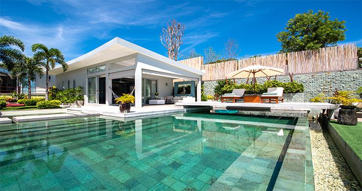 koh-samui-beachront-luxury-villa-for-sale-plai-laem-11