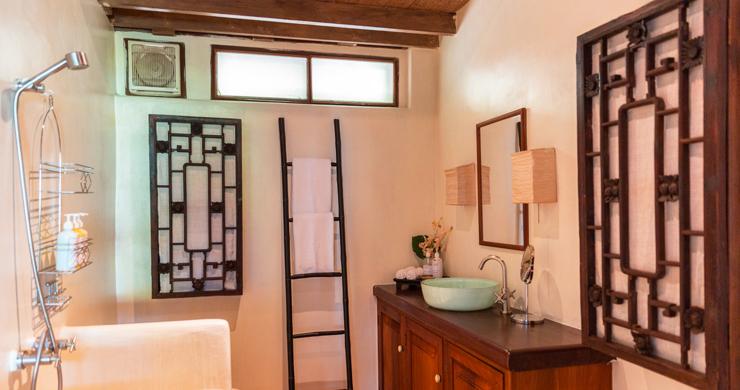 Prestigious 7 Bed Beachfront Luxury Villa in Laem Set-12