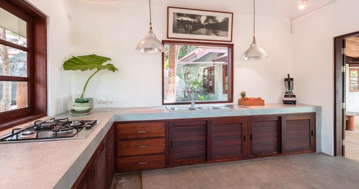 Prestigious 7 Bed Beachfront Luxury Villa in Laem Set-8