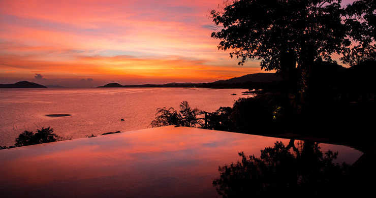 Prestigious 7 Bed Beachfront Luxury Villa in Laem Set-26