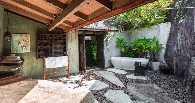 Prestigious 7 Bed Beachfront Luxury Villa in Laem Set-23