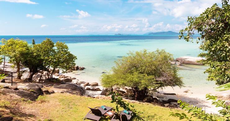 Prestigious 7 Bed Beachfront Luxury Villa in Laem Set-18