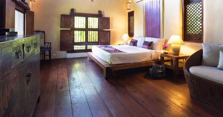 Prestigious 7 Bed Beachfront Luxury Villa in Laem Set-14