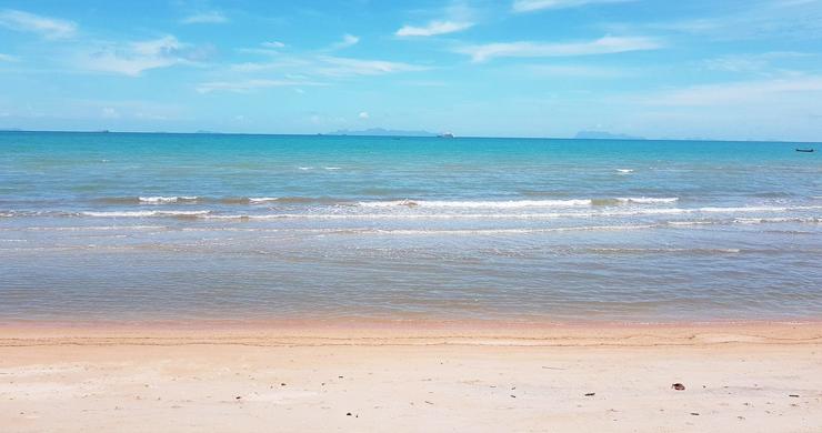 Koh Samui Beachfront Land for Sale on Lipa Noi Bay-1