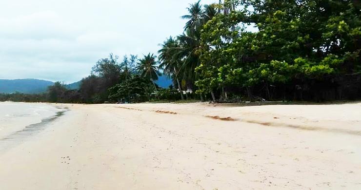 Koh Samui Beachfront Land for Sale on Lipa Noi Bay-2