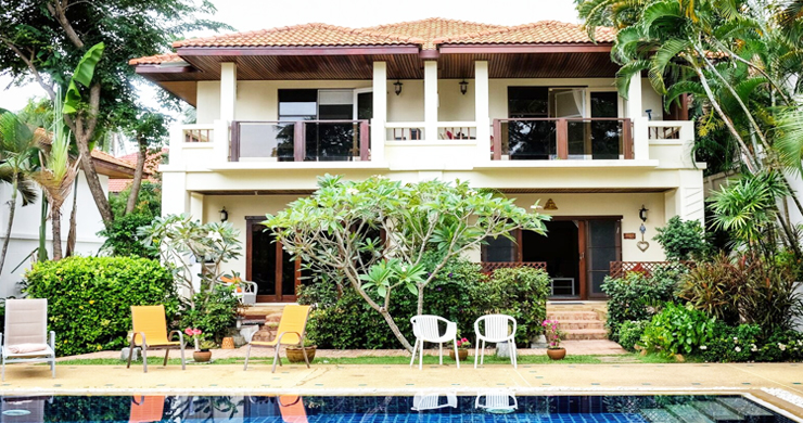 Beautiful Newly Renovated Duplex Unit in Bangrak-13