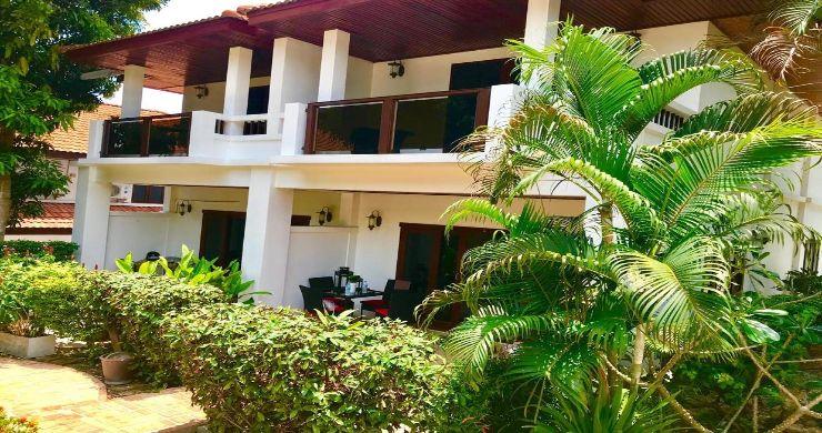 Beautiful Newly Renovated Duplex Unit in Bangrak-12