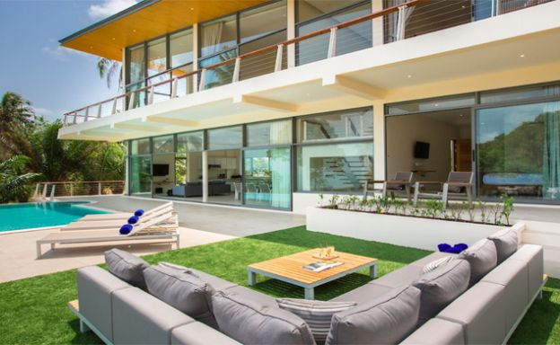 New Luxury 4 Bedroom Sea View Villa on Lamai Hillside