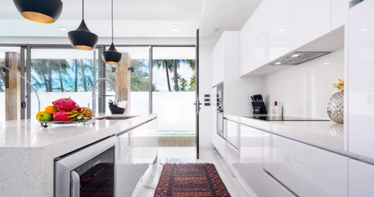 Beautiful 3 Bed Beachfront Villa For Sale on Laem Set-5
