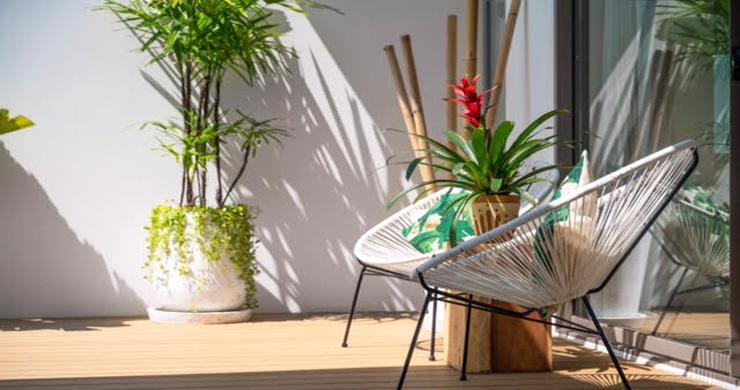 Beautiful 3 Bed Beachfront Villa For Sale on Laem Set-10