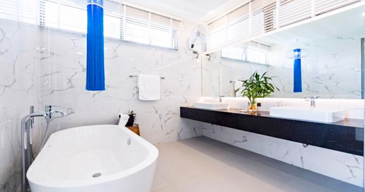 Beautiful 3 Bed Beachfront Villa For Sale on Laem Set-12