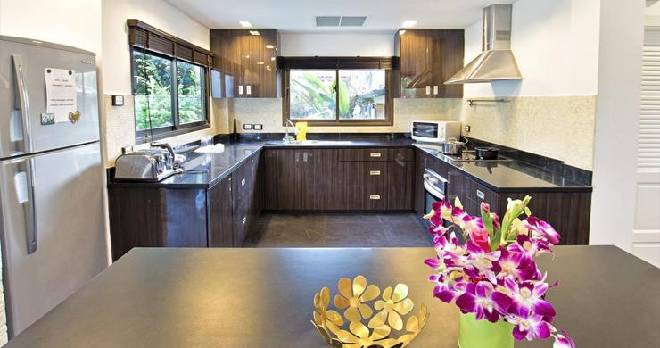 Hot Priced Beautiful 4 Bedroom Pool Villa in Bangrak-3
