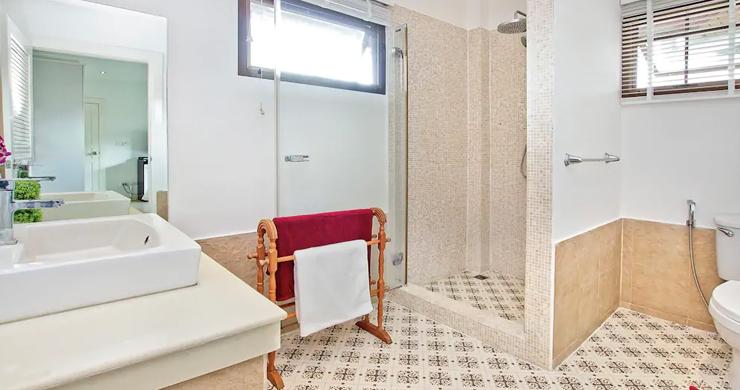 Hot Priced Beautiful 4 Bedroom Pool Villa in Bangrak-15