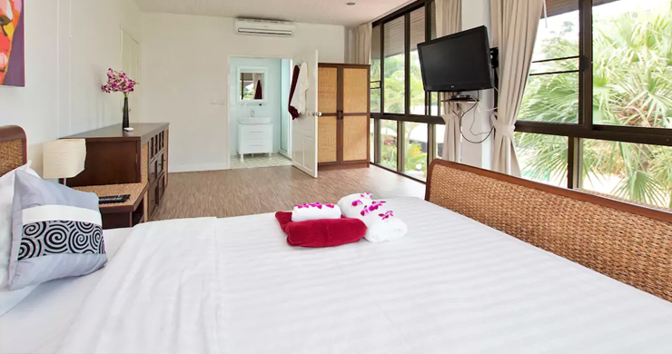 Hot Priced Beautiful 4 Bedroom Pool Villa in Bangrak-7