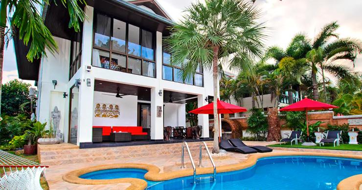 Hot Priced Beautiful 4 Bedroom Pool Villa in Bangrak-1