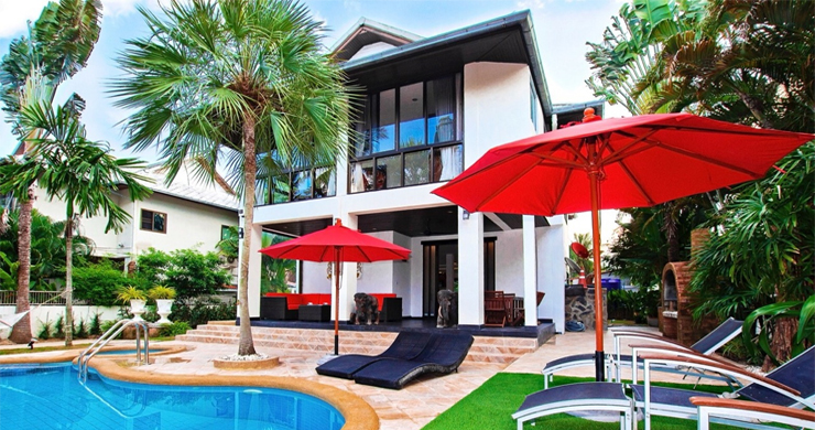 Hot Priced Beautiful 4 Bedroom Pool Villa in Bangrak-9