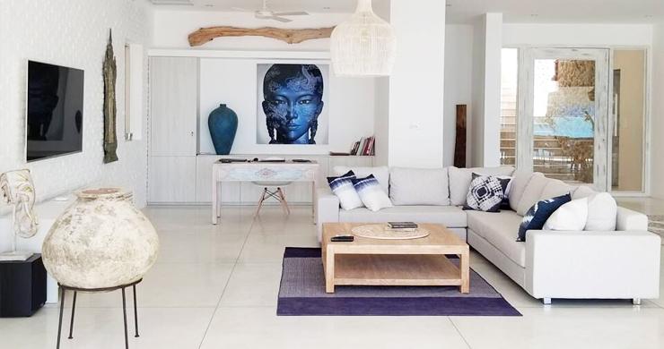 Beautiful 5 Bed Beachfront Luxury Villa in Sunset Cove-2