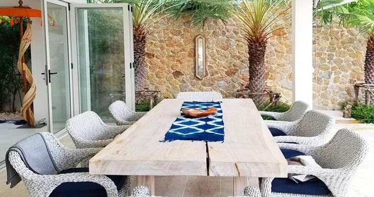 Beautiful 5 Bed Beachfront Luxury Villa in Sunset Cove-5