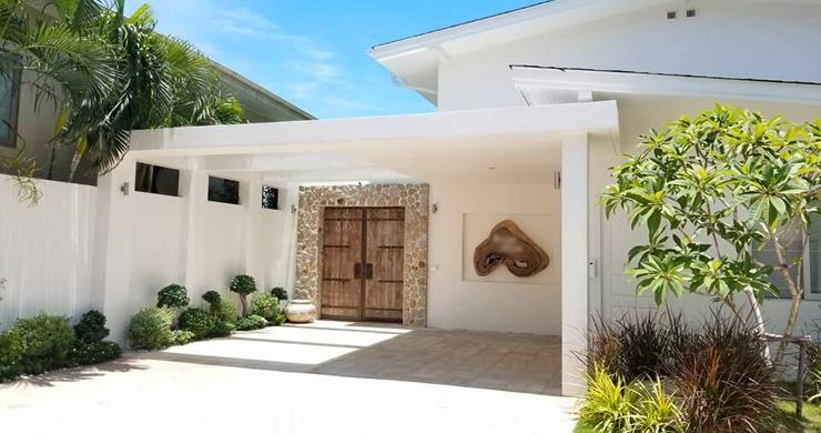 Beautiful 5 Bed Beachfront Luxury Villa in Sunset Cove-16