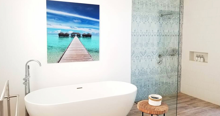 Beautiful 5 Bed Beachfront Luxury Villa in Sunset Cove-7