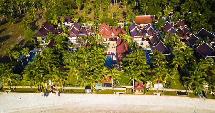 beachfront-villa-koh-samui-5-bed-tropical-lipa-noi-19