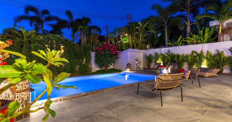 Hot Priced 4 Bed Modern Pool Villa in Bophut Hillside-18