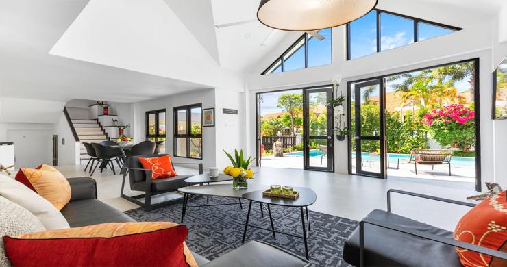 Hot Priced 4 Bed Modern Pool Villa in Bophut Hillside-3