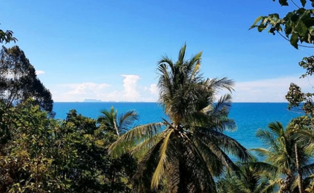Idyllic Beachfront Land for Sale on Taling Ngam beach
