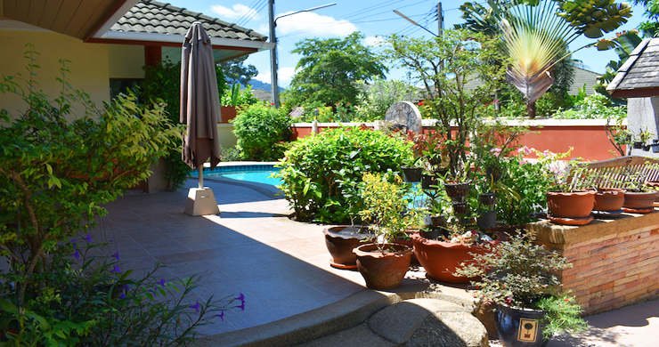 Charming 3 Bed Tropical Pool Villa for Sale in Lipa Noi-3