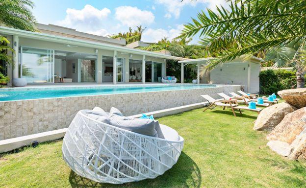 Ultra-Luxury Beachfront 5 Bed Villa on Plai Laem Bay