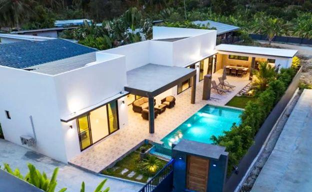 Contemporary 3 Bed Pool Villa in Peaceful Maenam