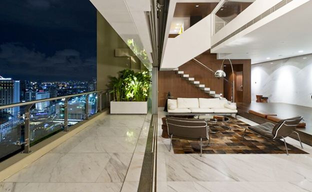 The Lakes 4 Bed Luxury Duplex Penthouse in Bangkok