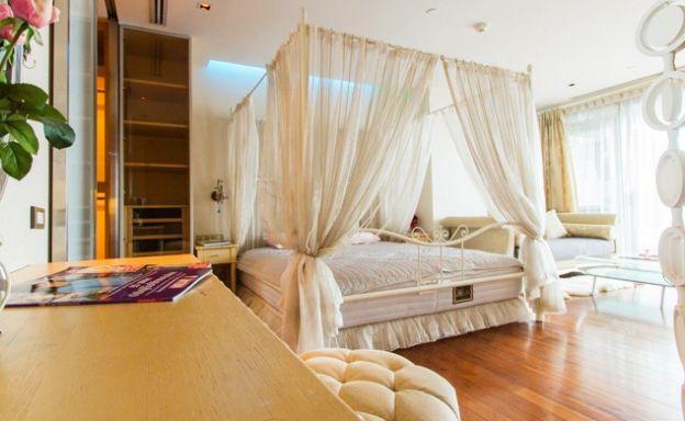 The Lakes 3+1 Bedroom Condominium in Bangkok