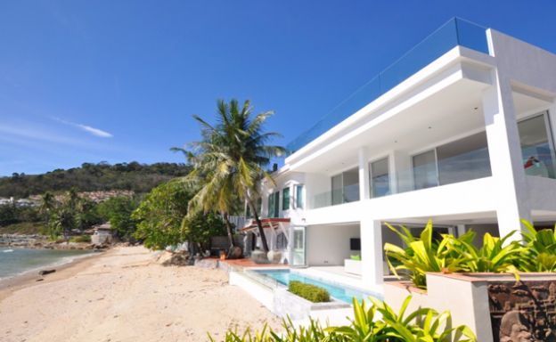 Beachfront Luxury 3 Bed Villa on Prime Patong Beach