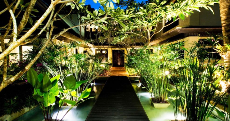 6 Bedroom Luxury Villa 100 meters from Layan Beach-14