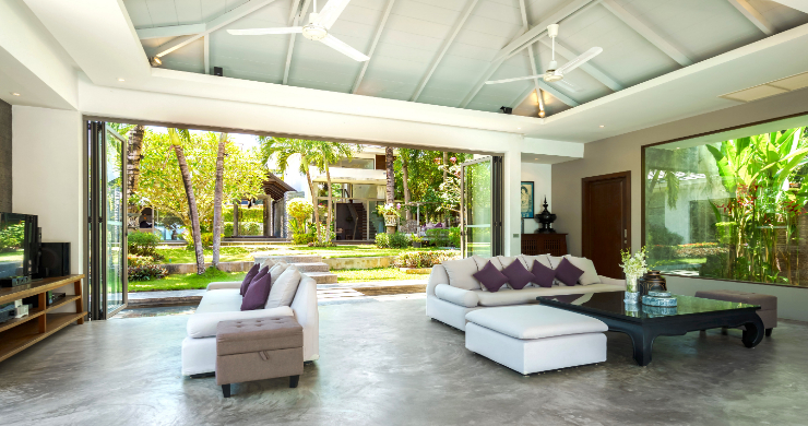 beachfront-villa-for-sale-koh-samui-8-bed-villa-lipa-noi-5