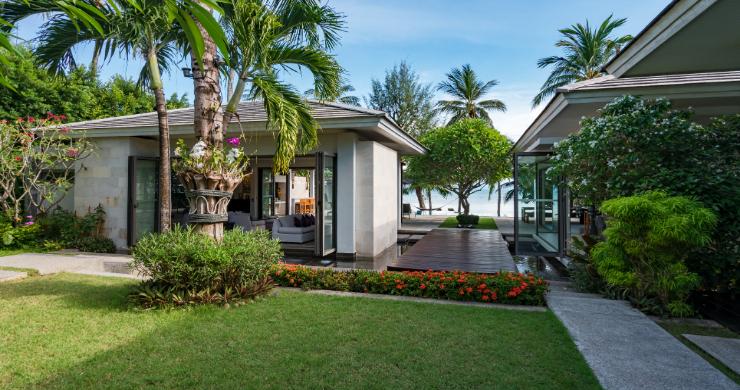 beachfront-villa-for-sale-koh-samui-8-bed-villa-lipa-noi-21