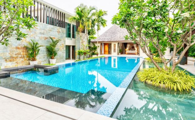 Stylish 7 Bedroom Private Luxury Villa for Sale in Layan