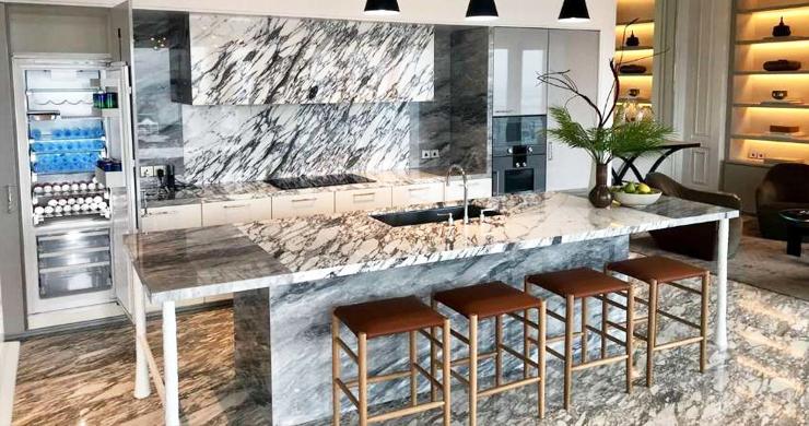 The Ritz Carlton Ultra Luxury Penthouse in Bangkok-3