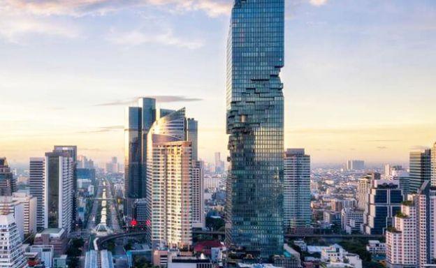 The Ritz Carlton Ultra Luxury Penthouse in Bangkok