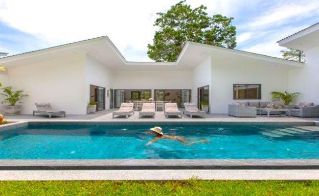 Modern 4 Bed Pool Villa 500m to Chaweng Noi Beach