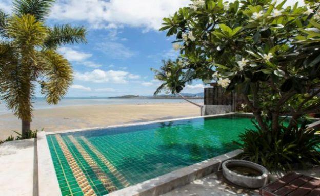 Charming Contemporary Beach House in Plai Laem