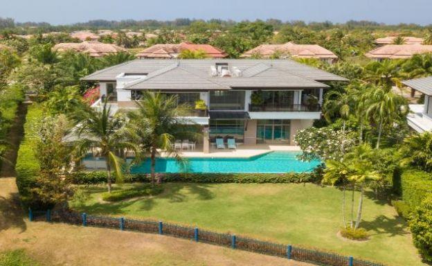 Laguna Deluxe Lake Front Residence in Phuket