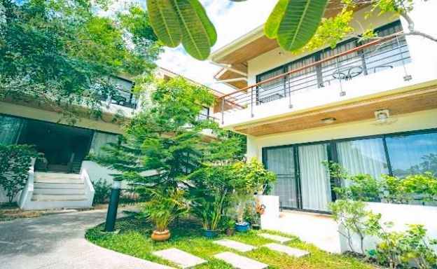 Tropical 3 Bed Townhouse Close to Choeng Mon Beach