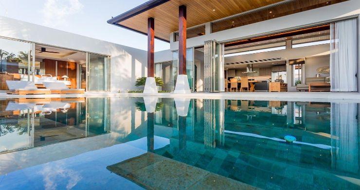 Contemporary 3-4 Bedroom Lakeside Villas in Bang Tao-21