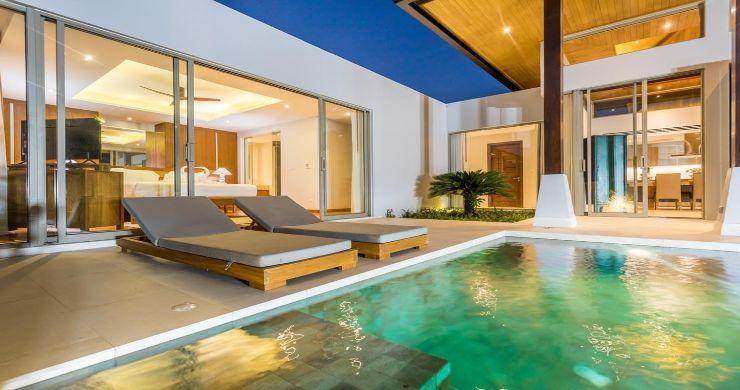 Contemporary 3-4 Bedroom Lakeside Villas in Bang Tao-10
