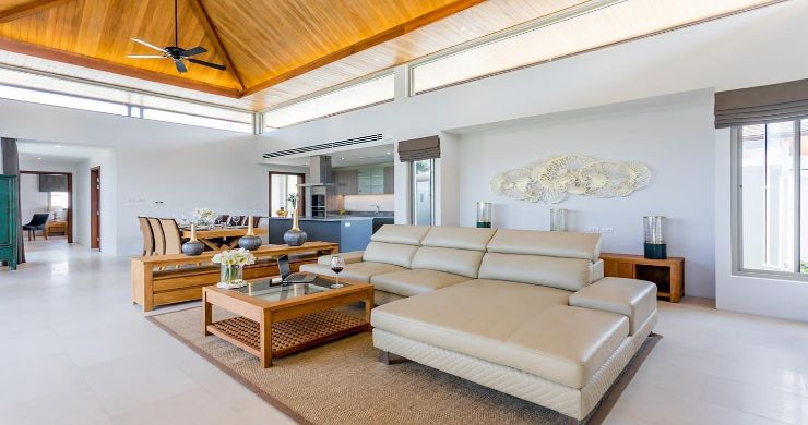 Contemporary 3-4 Bedroom Lakeside Villas in Bang Tao-9
