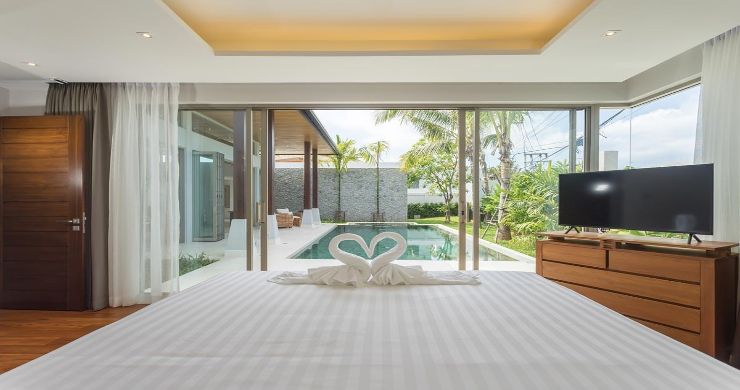 Contemporary 3-4 Bedroom Lakeside Villas in Bang Tao-8