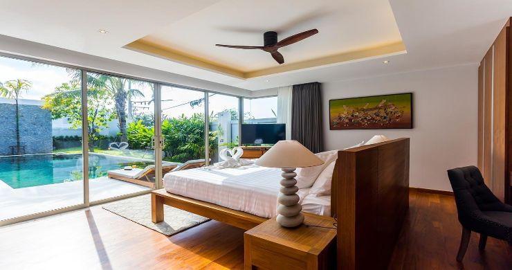 Contemporary 3-4 Bedroom Lakeside Villas in Bang Tao-13
