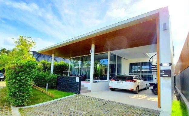 New Modern 2 Bedroom Villa in Peaceful Maenam